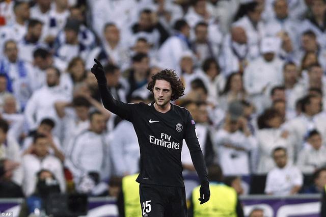 ẢNH: Những khoảnh khắc ấn tượng trong trận Real Madrid ngược dòng thành công trước PSG - Ảnh 9.