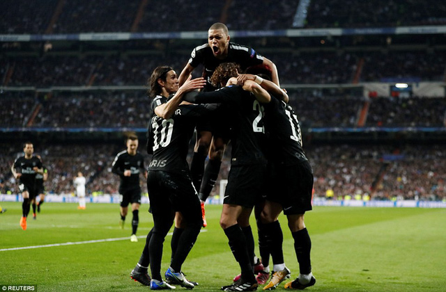 ẢNH: Những khoảnh khắc ấn tượng trong trận Real Madrid ngược dòng thành công trước PSG - Ảnh 10.