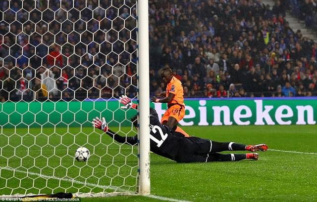 Vòng 1/8 Champions League: Liverpool giành thắng lợi dễ dàng trước Porto - Ảnh 3.