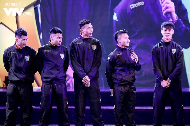 Hà Nội trao biểu tượng Thánh Gióng cho 5 cầu thủ U23 Việt Nam - Ảnh 9.