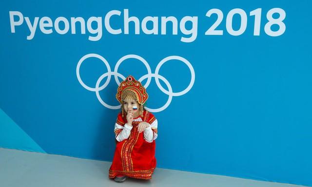 Những hình ảnh ấn tượng trong ngày thi đấu thứ 12 của Olympic PyeongChang 2018 - Ảnh 5.