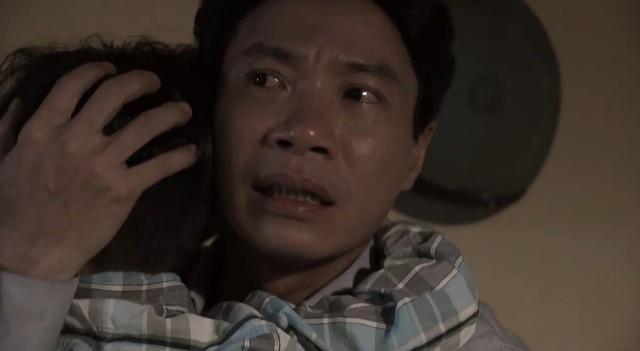 Tình khúc Bạch Dương - Tập 7: Dù ghê tởm, Hoa vẫn chấp nhận lên giường với Bình - Ảnh 3.