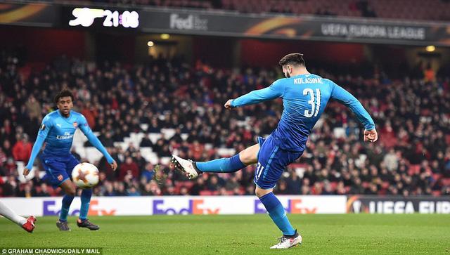 Kết quả Europa League sáng 23/2: Arsenal, Dortmund toát mồ hôi, AC Milan ung dung đi tiếp - Ảnh 2.