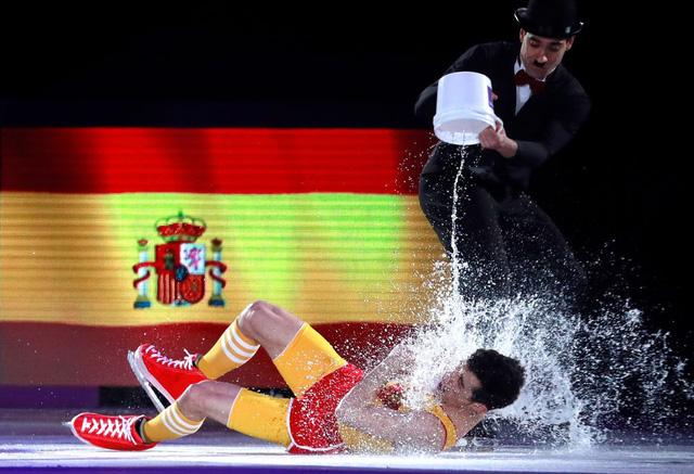 Olympic PyeongChang 2018: Những khoảnh khắc ấn tượng trong ngày thi đấu cuối cùng - Ảnh 6.