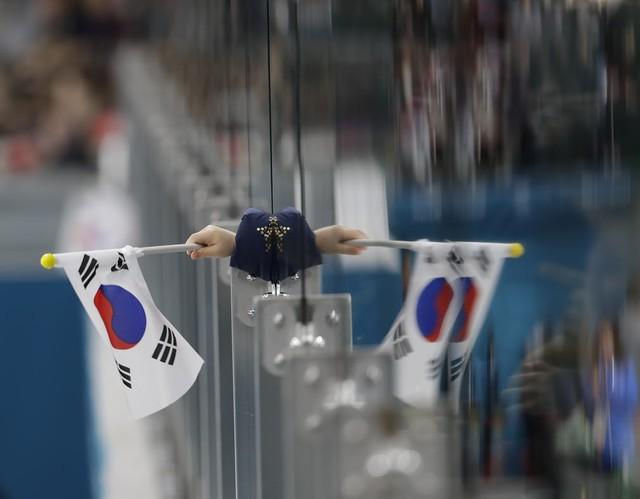 Olympic PyeongChang 2018: Những khoảnh khắc ấn tượng trong ngày thi đấu cuối cùng - Ảnh 7.