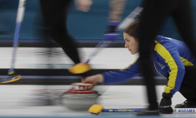 Olympic PyeongChang 2018: Những khoảnh khắc ấn tượng trong ngày thi đấu cuối cùng - Ảnh 8.