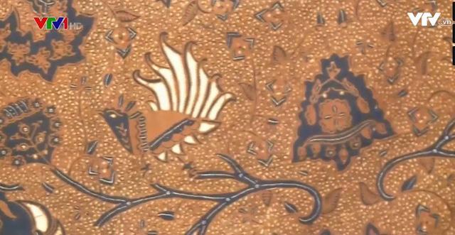 Người bảo tồn Batik truyền thống của Indonesia - Ảnh 2.