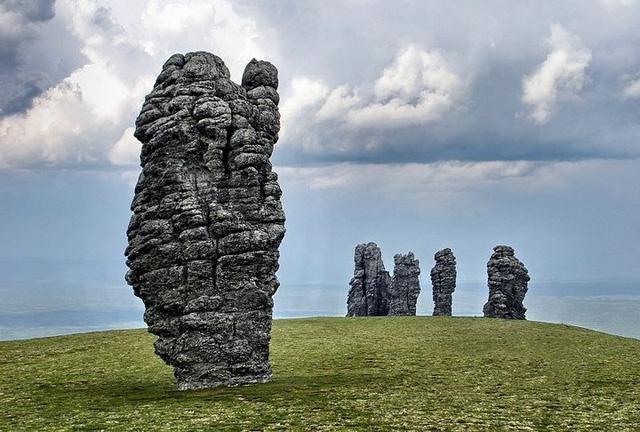 Những cột đá kỳ quan thế giới thiên nhiên ban tặng giữa cao nguyên - Ảnh 9.