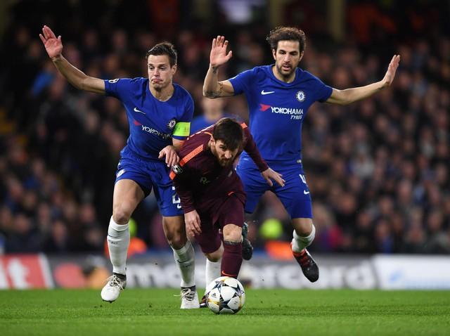 Những trận bóng đá không thể bỏ lỡ vào tháng 3 - Ảnh 17.