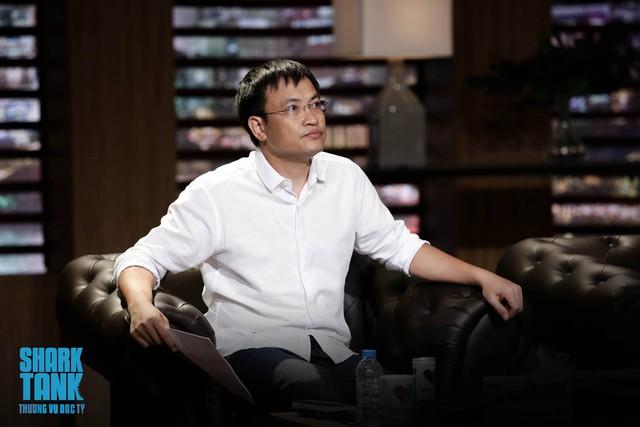 Soái ca khởi nghiệp Lê Đăng Khoa diện sơ mi trắng ngồi ghế nóng Shark Tank Việt Nam - Ảnh 3.