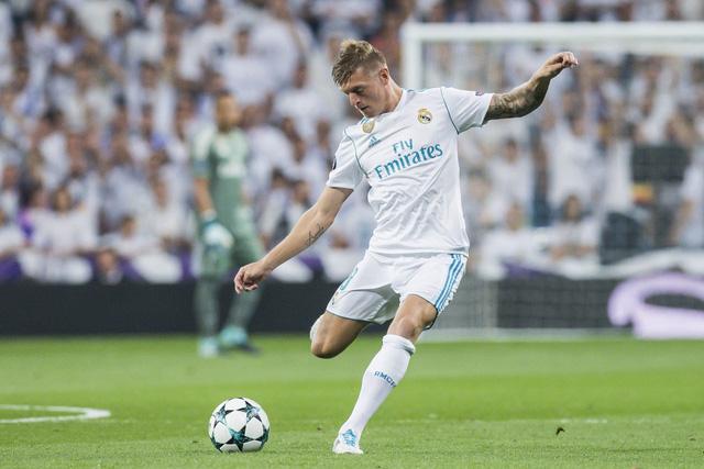 ĐHTB lượt trận 4 Champions League: Sao tấn công Man City và Real Madrid lấn lướt - Ảnh 2.