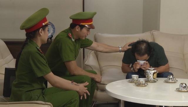 Phim Đánh tráo số phận - Tập 7: Hà Linh tìm cách để nhập vai thành cô giáo Trâm Anh - ảnh 1