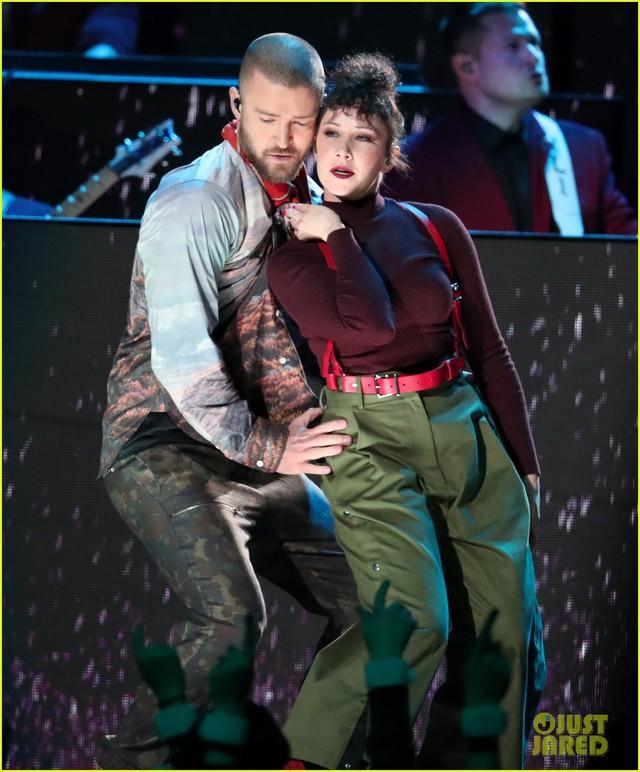 Justin Timberlake làm rung chuyển Super Bowl Halftime Show 2018 với loạt hit đình đám - Ảnh 4.