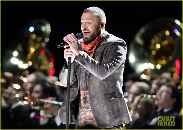 Justin Timberlake làm rung chuyển Super Bowl Halftime Show 2018 với loạt hit đình đám - Ảnh 6.