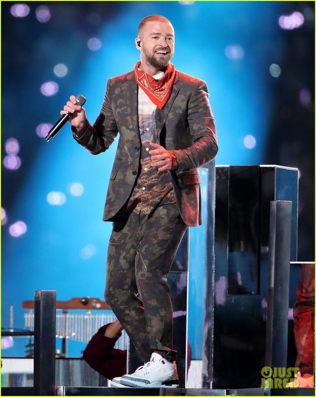 Justin Timberlake làm rung chuyển Super Bowl Halftime Show 2018 với loạt hit đình đám - Ảnh 8.