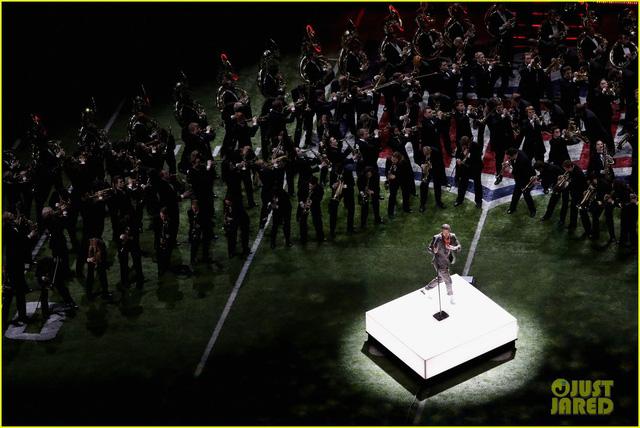 Justin Timberlake làm rung chuyển Super Bowl Halftime Show 2018 với loạt hit đình đám - Ảnh 16.
