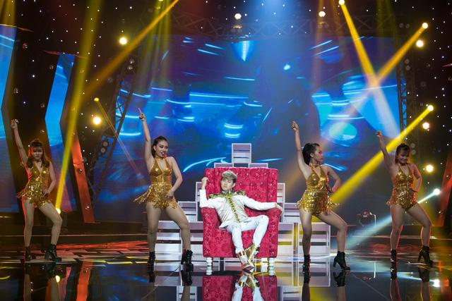 Âm nhạc và Bước nhảy: Nguyên Vũ cháy hết mình tại mini show kỉ niệm 25 năm ca hát - Ảnh 5.