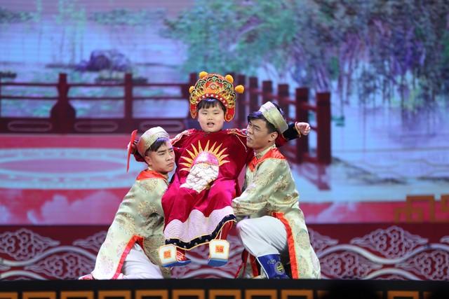 Quý tử Nam Tào Xuân Bắc từng khiến khán giả cười nghiêng ngả tại Táo quân - Ảnh 1.