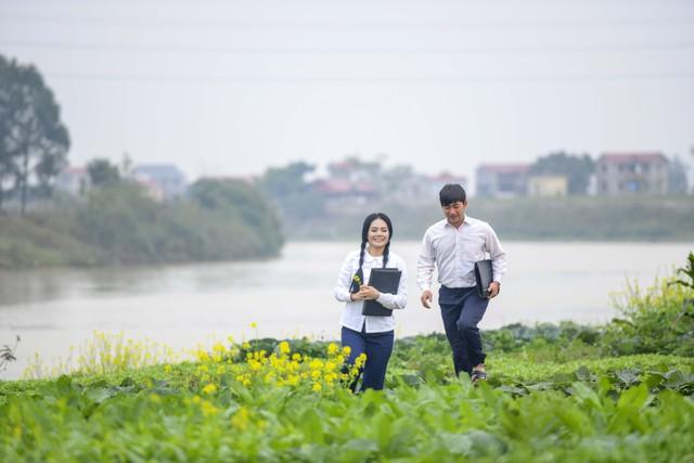 """NSND Lan Hương, ca sĩ Lương Nguyệt Anh, Bảo """"ngậu"""" chịu lạnh 8 độ quay MV - Ảnh 3."""
