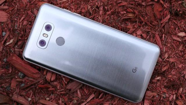 Những mẫu smartphone đáng đồng tiền bát gạo nhất đầu năm 2018 - Ảnh 14.