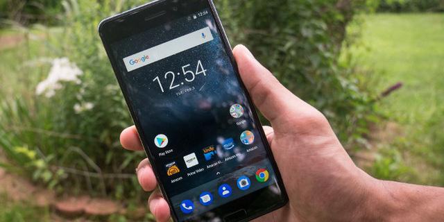 Những mẫu smartphone đáng đồng tiền bát gạo nhất đầu năm 2018 - Ảnh 18.