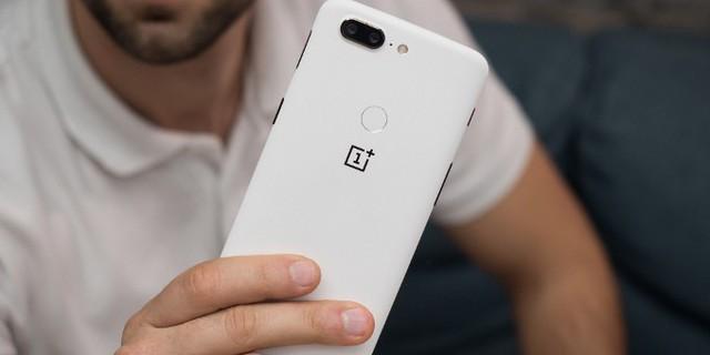Những mẫu smartphone đáng đồng tiền bát gạo nhất đầu năm 2018 - Ảnh 13.