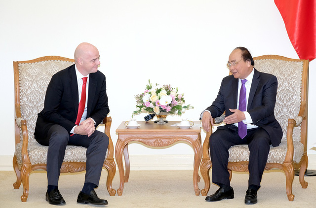 Ảnh: Chủ tịch FIFA Gianni Infantino trong chuyến thăm và làm việc tại Việt Nam - Ảnh 1.