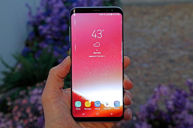 Những mẫu smartphone đáng đồng tiền bát gạo nhất đầu năm 2018 - Ảnh 7.