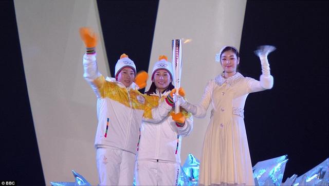 ẢNH: Lễ khai mạc đầy màu sắc của Olympic Pyeongchang 2018 - Ảnh 16.