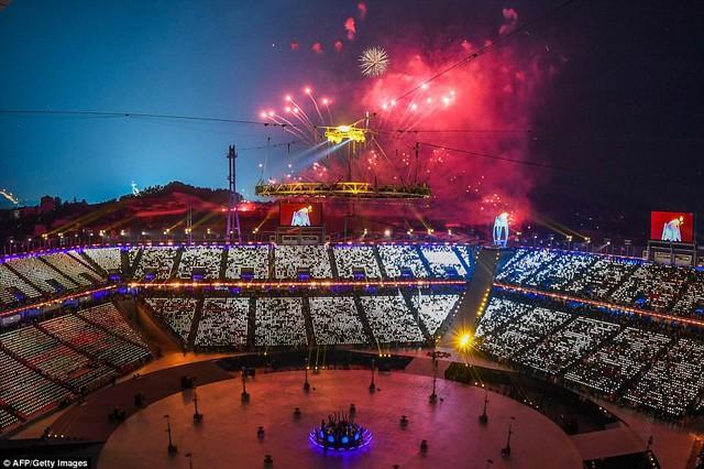 ẢNH: Lễ khai mạc đầy màu sắc của Olympic Pyeongchang 2018 - Ảnh 2.