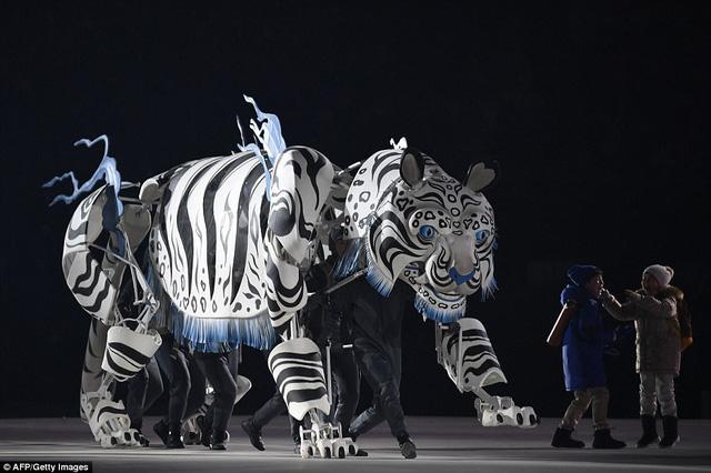 ẢNH: Lễ khai mạc đầy màu sắc của Olympic Pyeongchang 2018 - Ảnh 3.