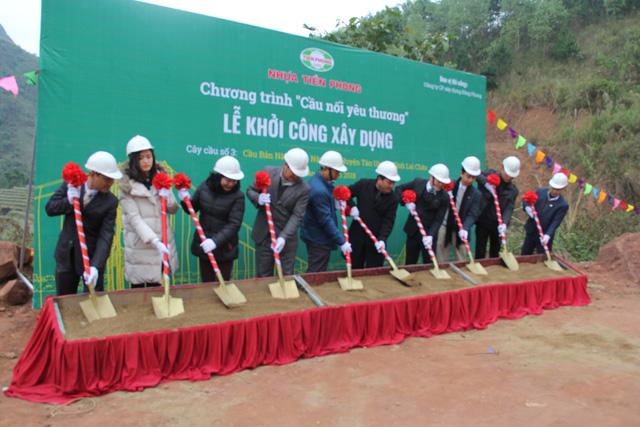 Khởi công xây dựng cây cầu dân sinh 2,6 tỷ đồng tại xã Nà Ui, Lai Châu - Ảnh 2.