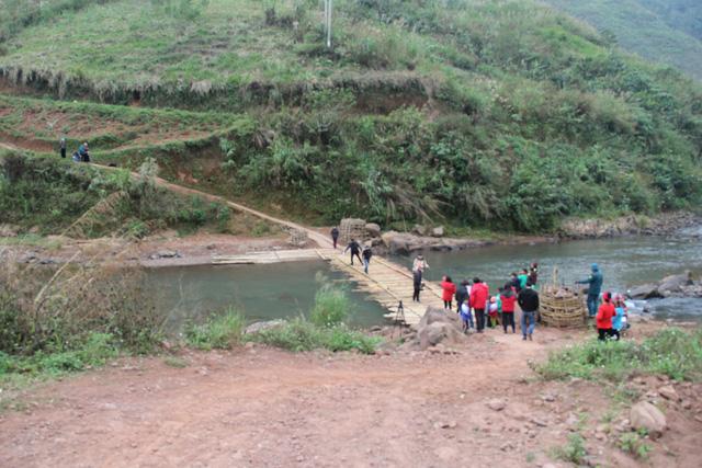 Khởi công xây dựng cây cầu dân sinh 2,6 tỷ đồng tại xã Nà Ui, Lai Châu - Ảnh 6.