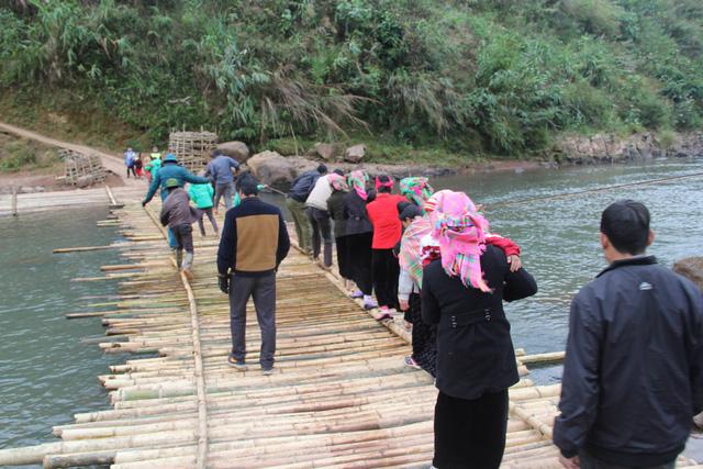 Khởi công xây dựng cây cầu dân sinh 2,6 tỷ đồng tại xã Nà Ui, Lai Châu - Ảnh 8.