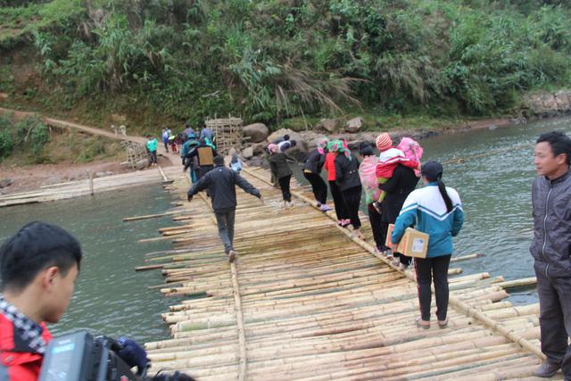 Khởi công xây dựng cây cầu dân sinh 2,6 tỷ đồng tại xã Nà Ui, Lai Châu - Ảnh 10.