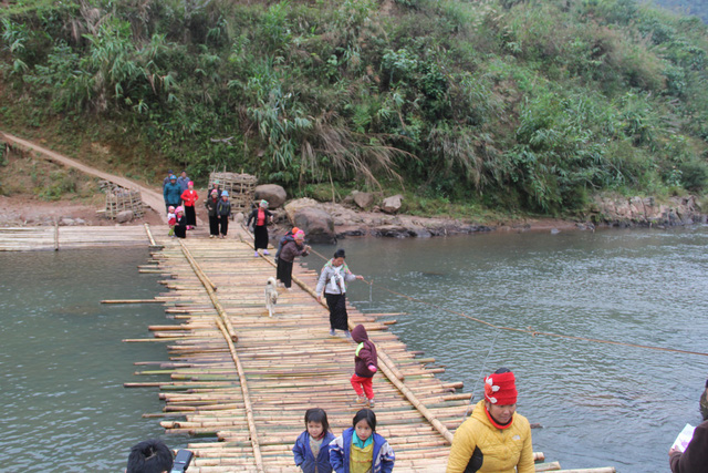 Khởi công xây dựng cây cầu dân sinh 2,6 tỷ đồng tại xã Nà Ui, Lai Châu - Ảnh 9.