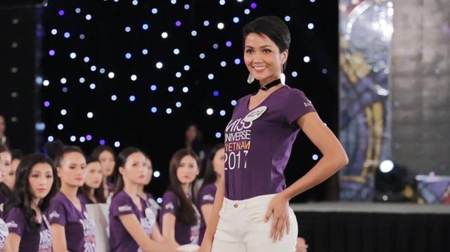 H'Hen Niê - Hành trình từ cô vịt xấu xí tới Hoa hậu Hoàn vũ Việt Nam - Ảnh 6.