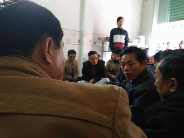 Chìm thuyền ở Thanh Hóa, 8 ngư dân mất tích - Ảnh 3.