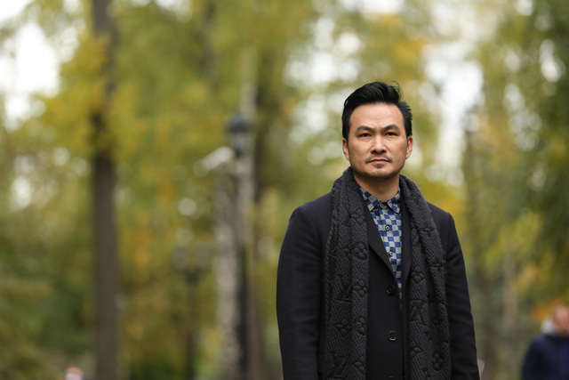 Diễn viên phim Tình khúc Bạch Dương: Người vã mồ hôi vì mùa đông, người rét run không thể thoại - Ảnh 1.