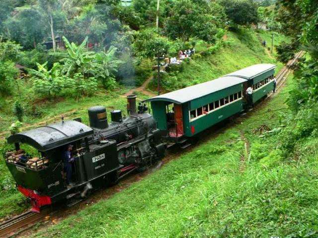Độc đáo bảo tàng xe lửa cổ nhất ASEAN - Ảnh 6.
