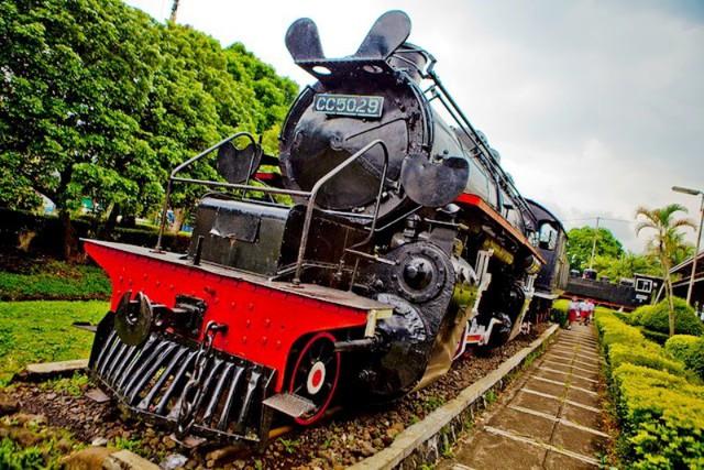 Độc đáo bảo tàng xe lửa cổ nhất ASEAN - Ảnh 5.