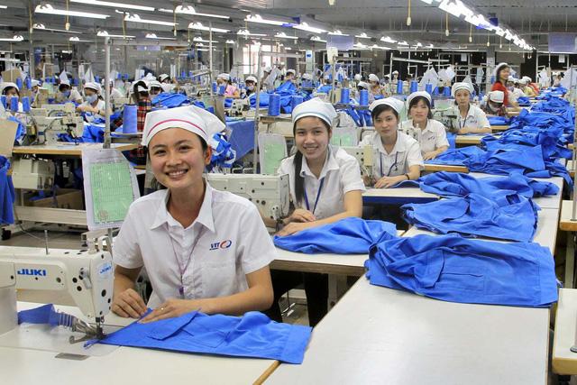 Dệt may Việt Nam hưởng lợi nhờ sự dịch chuyển chuỗi cung ứng toàn cầu - Ảnh 1.
