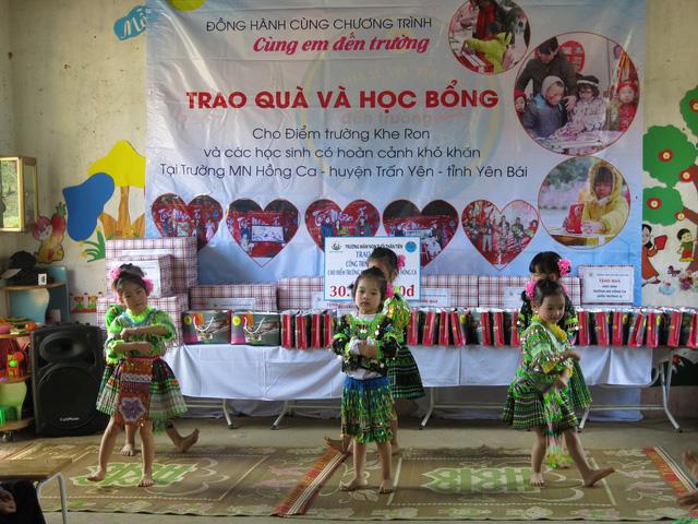 Hỗ trợ xây công trình phụ cho học sinh Mầm non Khe Ron - Ảnh 2.