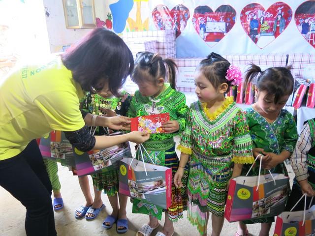 Hỗ trợ xây công trình phụ cho học sinh Mầm non Khe Ron - Ảnh 5.