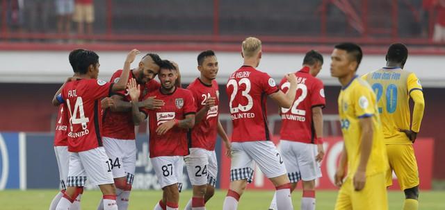 Trước lượt trận thứ 4 AFC Cup 2018: SLNA và FLC Thanh Hóa tái đấu với các đội bóng Indonesia - Ảnh 1.