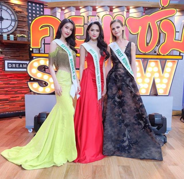 Hương Giang Idol bị hỏi chuyện mua giải trên sóng truyền hình Thái Lan - Ảnh 3.