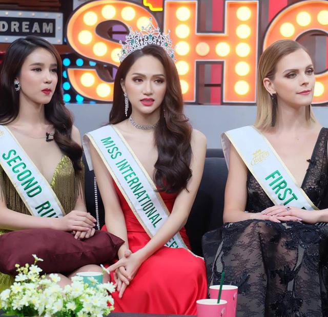 Hương Giang Idol bị hỏi chuyện mua giải trên sóng truyền hình Thái Lan - Ảnh 2.