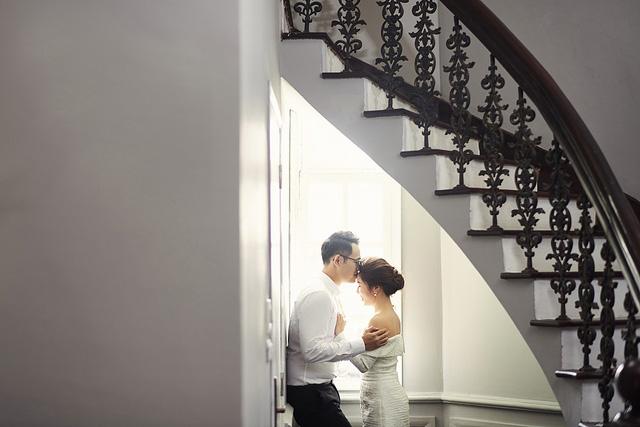 MC Đức Bảo khoe ảnh cưới mật ngọt - Ảnh 2.