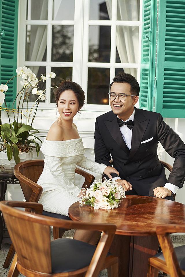MC Đức Bảo khoe ảnh cưới mật ngọt - Ảnh 3.