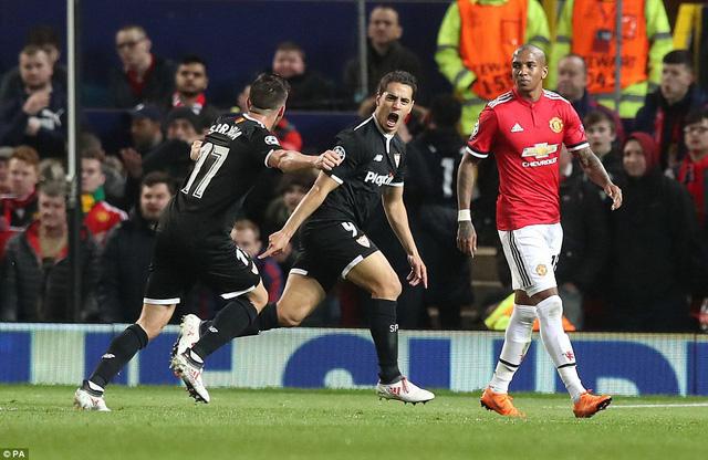 Kết quả Champions League sáng 14/3: Thua Sevilla, Man Utd bị loại, AS Roma vào tứ kết - Ảnh 1.